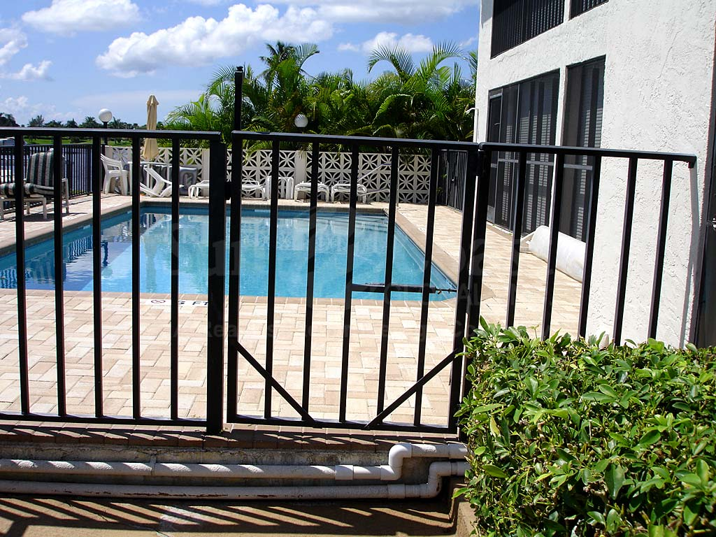 Aqua Vista Community Pool Safety Fence