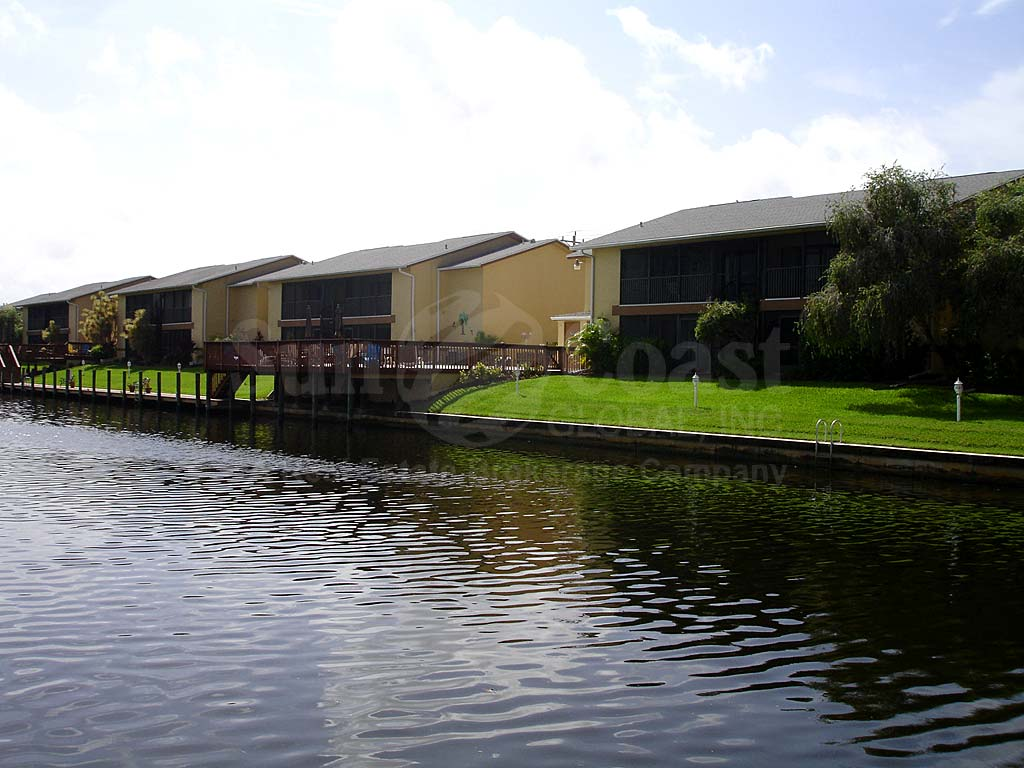 Ballynahinch Waterfront Condos