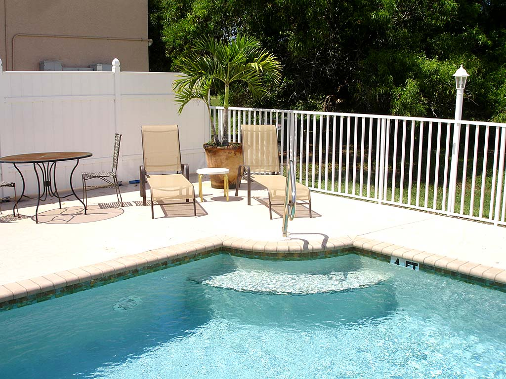 Belvedere Condominiums Community Pool and Sun Deck Furnishings