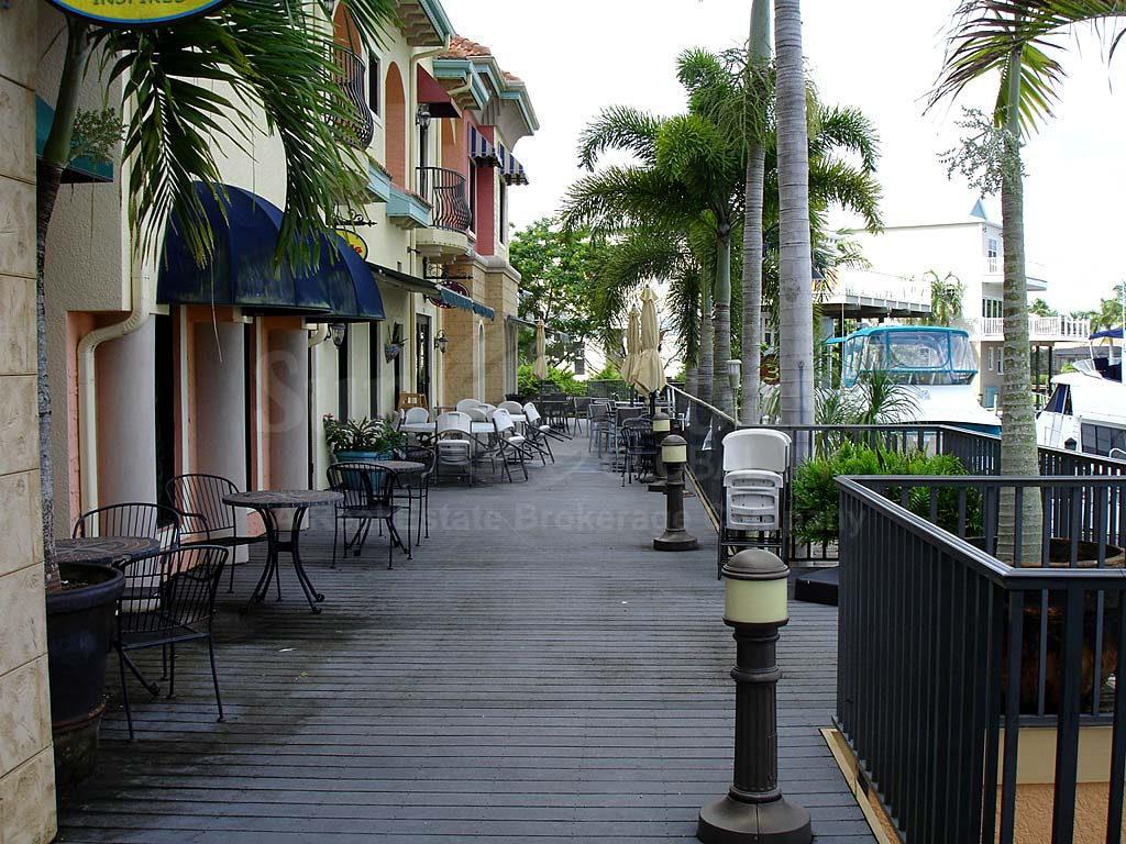 Cape Harbour Waterfront Restaurants