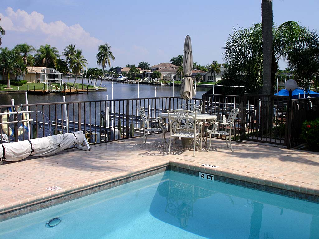 Capstan Community Pool and Sun Deck Furnishings