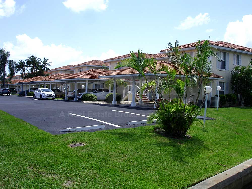 Club Abaco Uncovered Parking