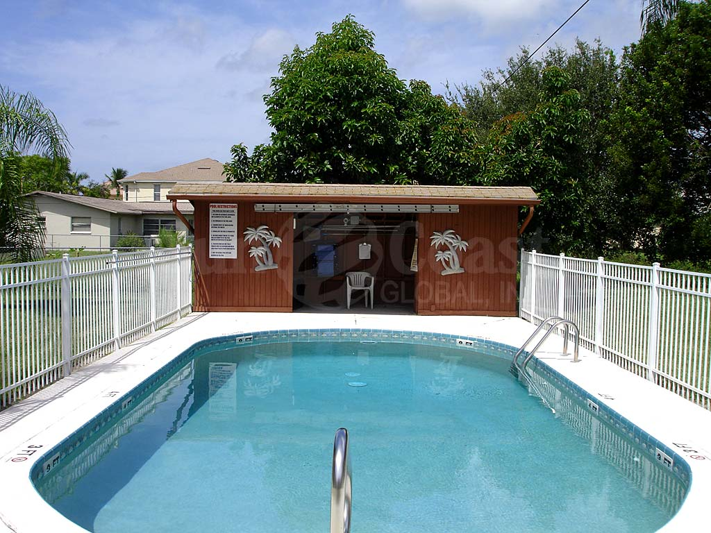 Coral Keyes Community Pool