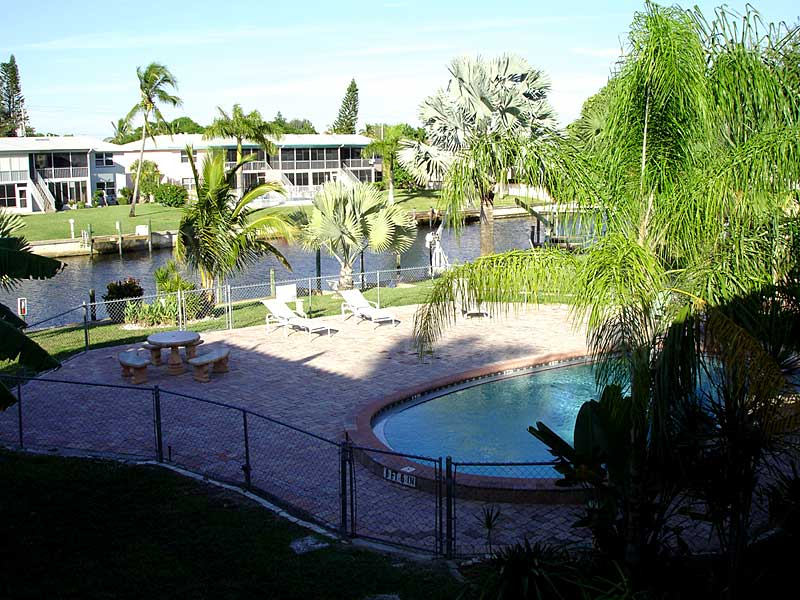 Coral Villas Community Pool