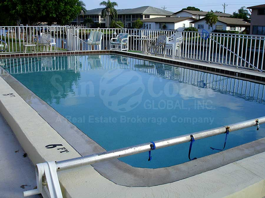 46 Dockside Community Pool