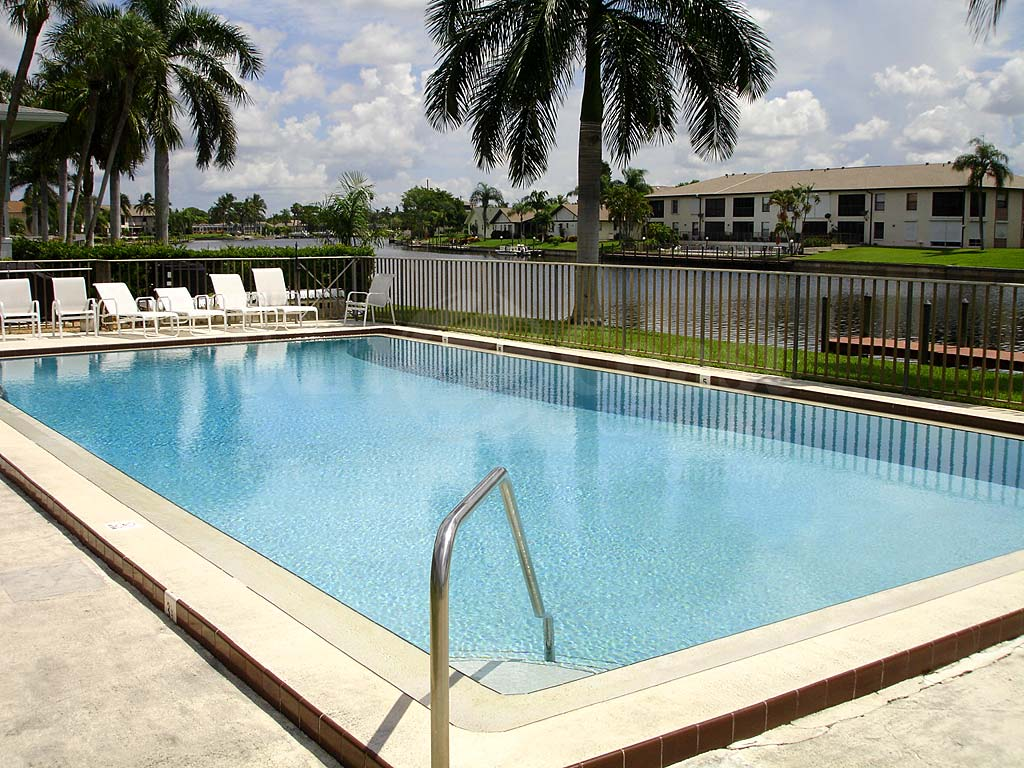 Fairway Manors Community Pool