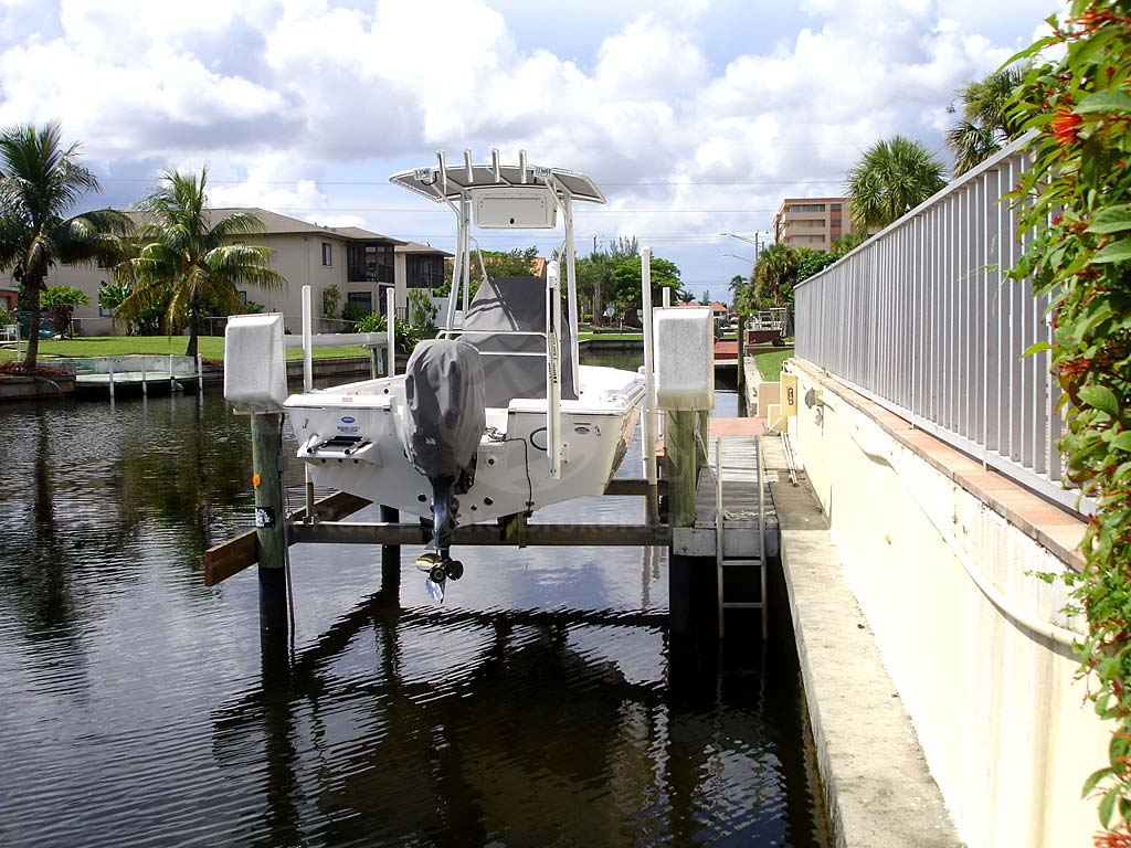 Falcon Bay Boat Docks