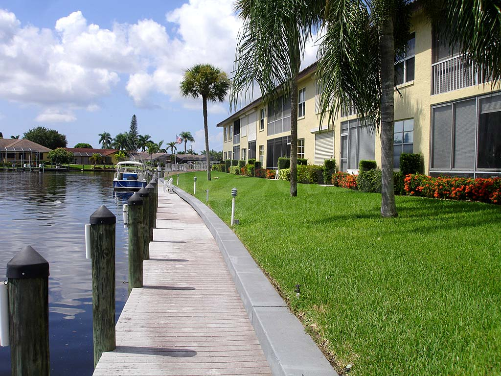 Horizon Bay Waterfront Condos