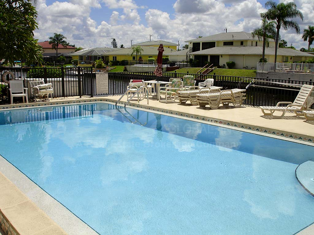 Katova Winds Community Pool