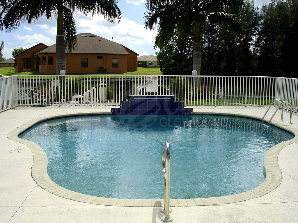 Lake Kennedy Community Pool