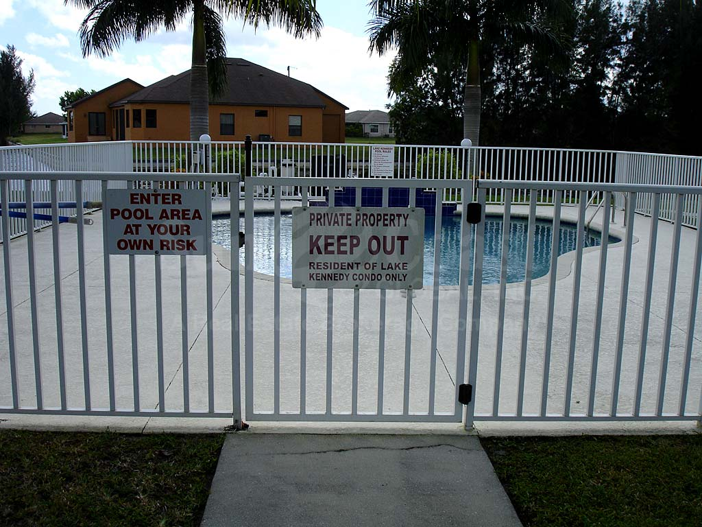 Lake Kennedy Community Pool Safety Fence