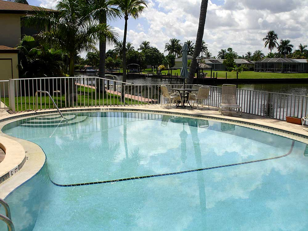 Le Grand Marquis Community Pool