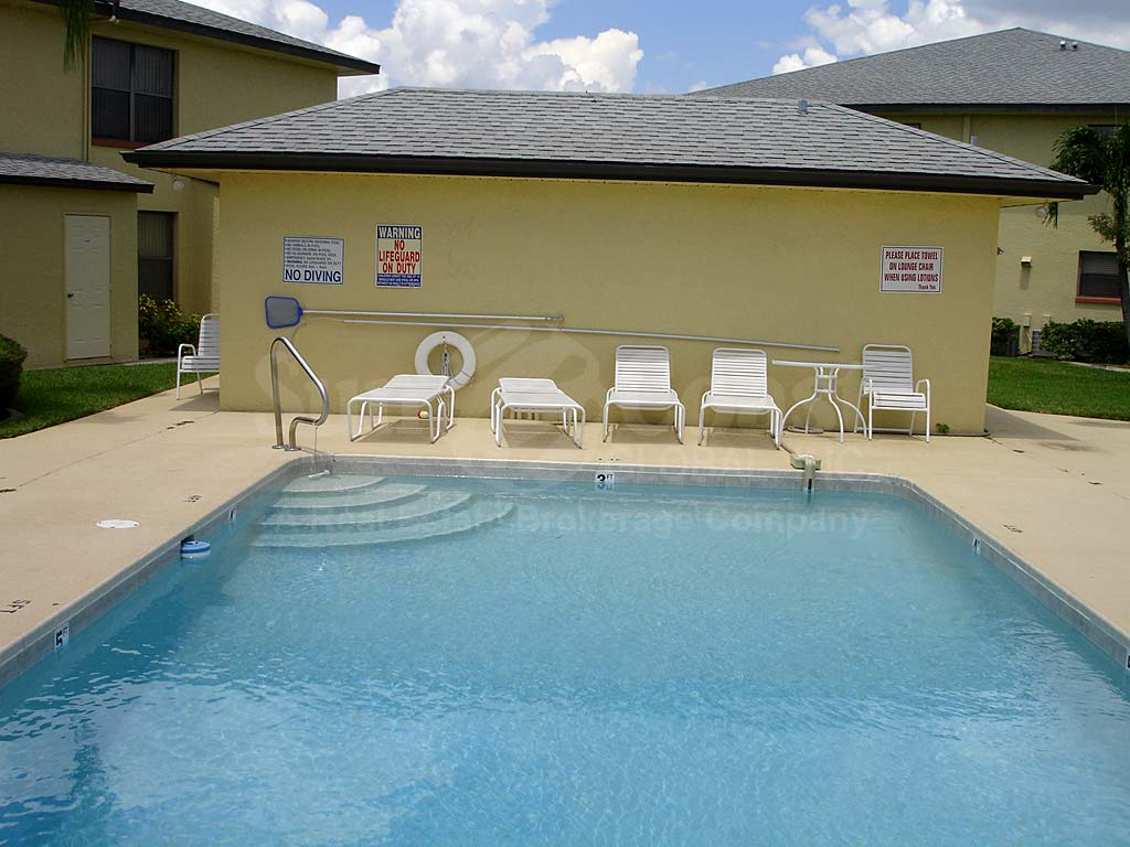 Manatee Cove At Cape Coral Pkwy Condos Real Estate Cape