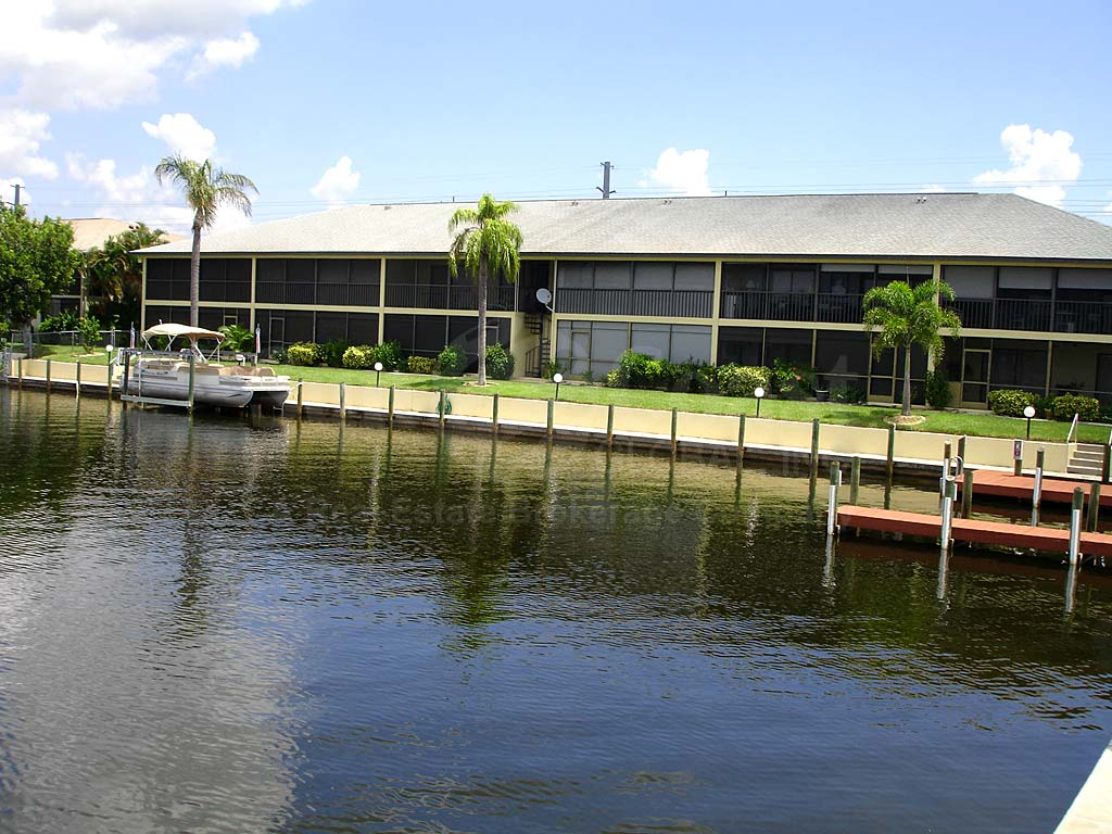 Manatee Cove Waterfront Condos