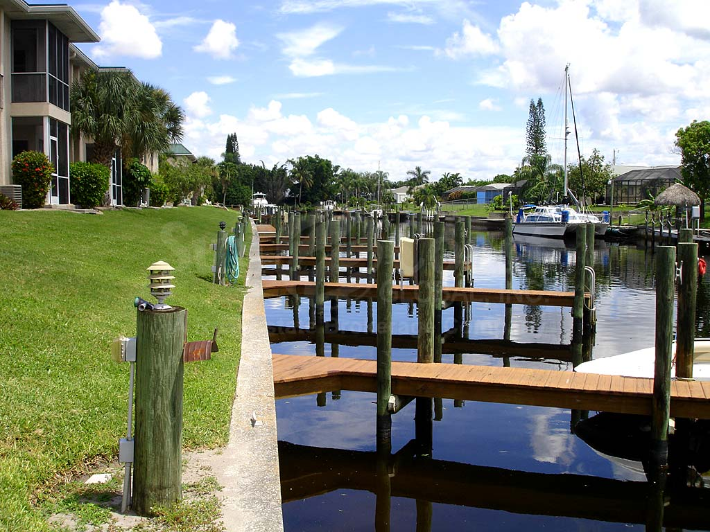 Mark 1 Condominiums Boat Docks