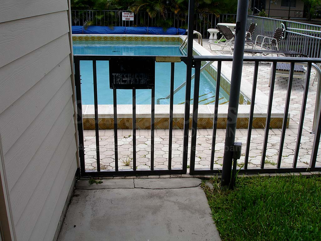 Monte Carlo Community Pool Safety Fence