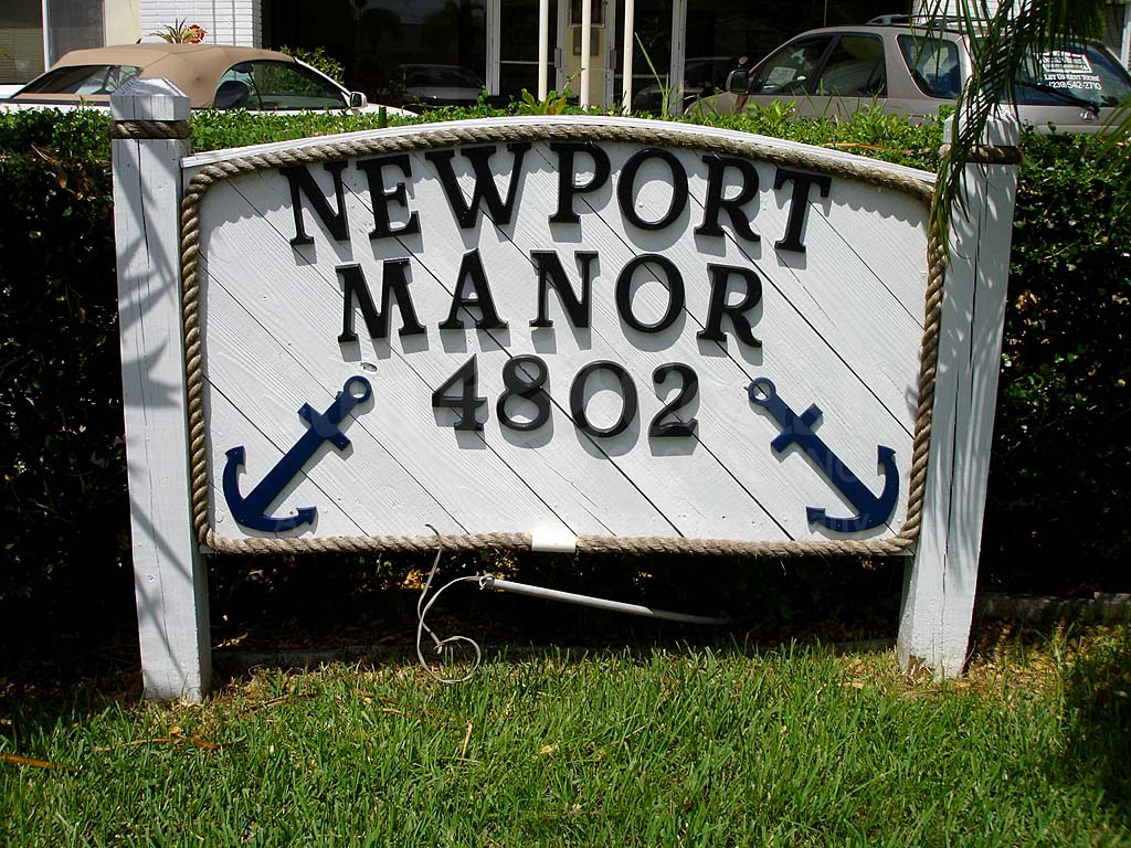 Newport Manors Signage