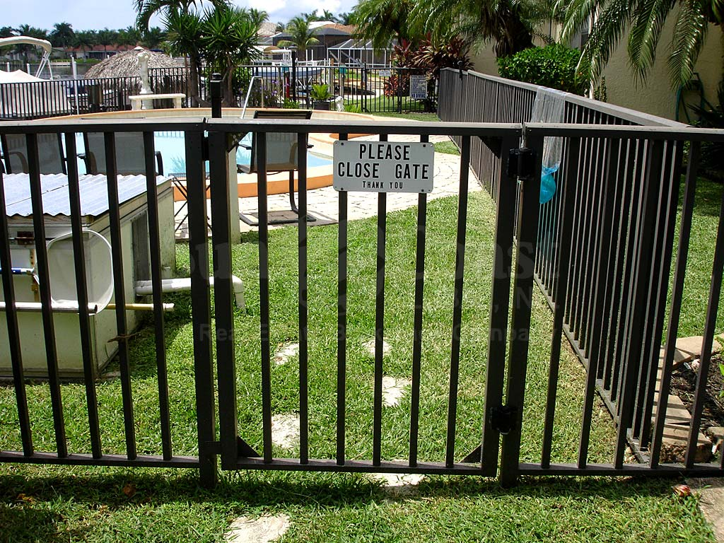 Parkway Place Community Pool Safety Fence