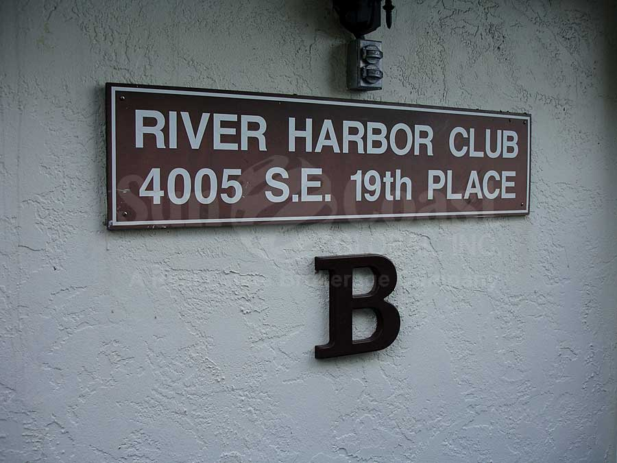 River Harbor Club Signage