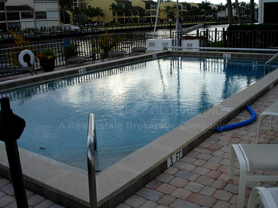 River Harbor Club Community Pool