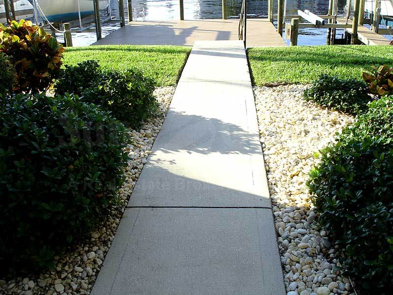 River Park Place Walkway