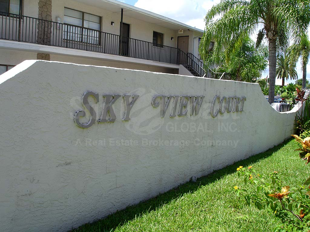 Skyview Court Signage