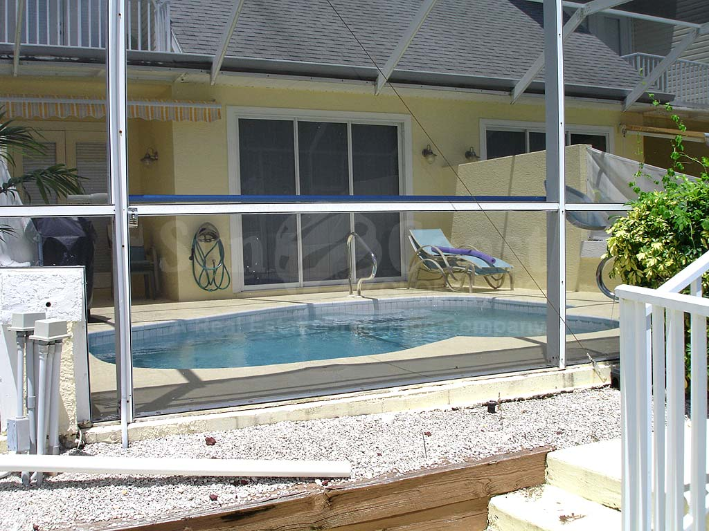 Viceroy Townhomes Community Pool