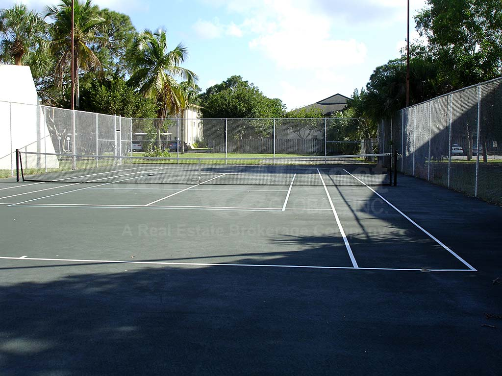 Barkeley Square Tennis Courts