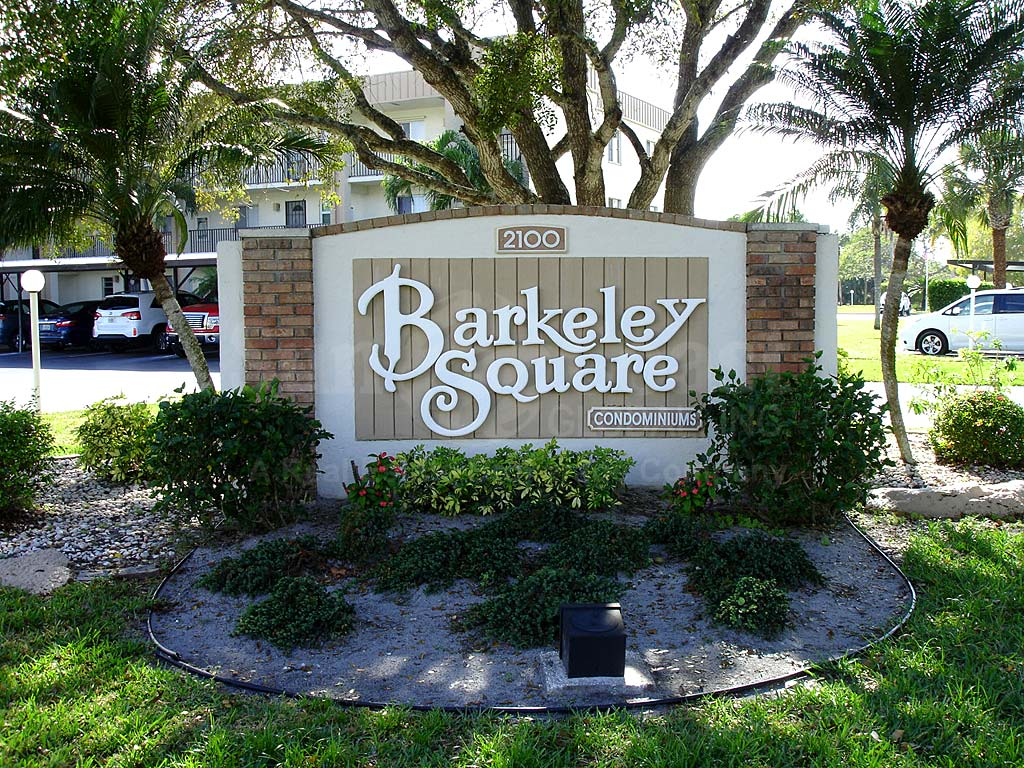 Barkeley Square Signage
