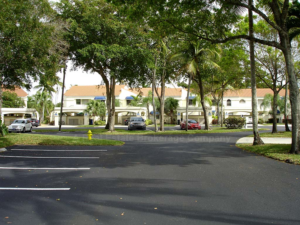 Caloosa Isles Uncovered Parking