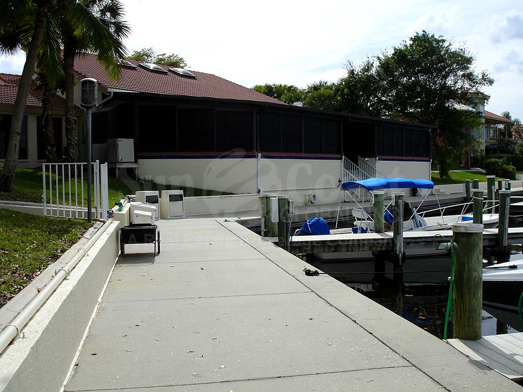 Caloosa Yacht And Racquet Club
