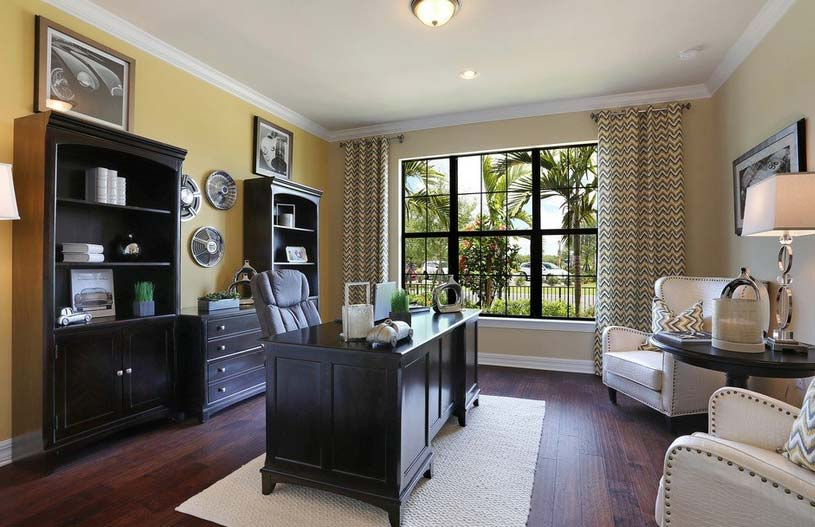 Tangerly Oak Model Home in Camden Square, Fort Myers, by Pulte