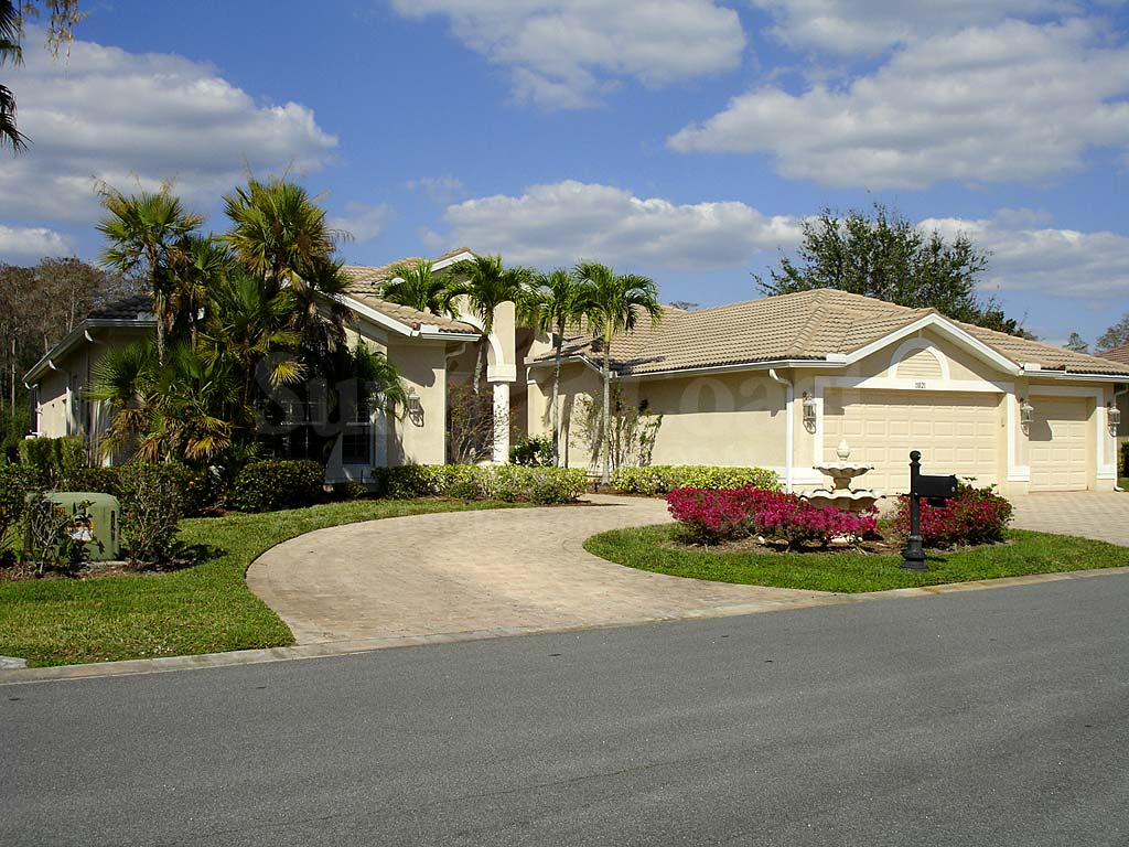 Heritage Palms Non-estate Single Family Homes