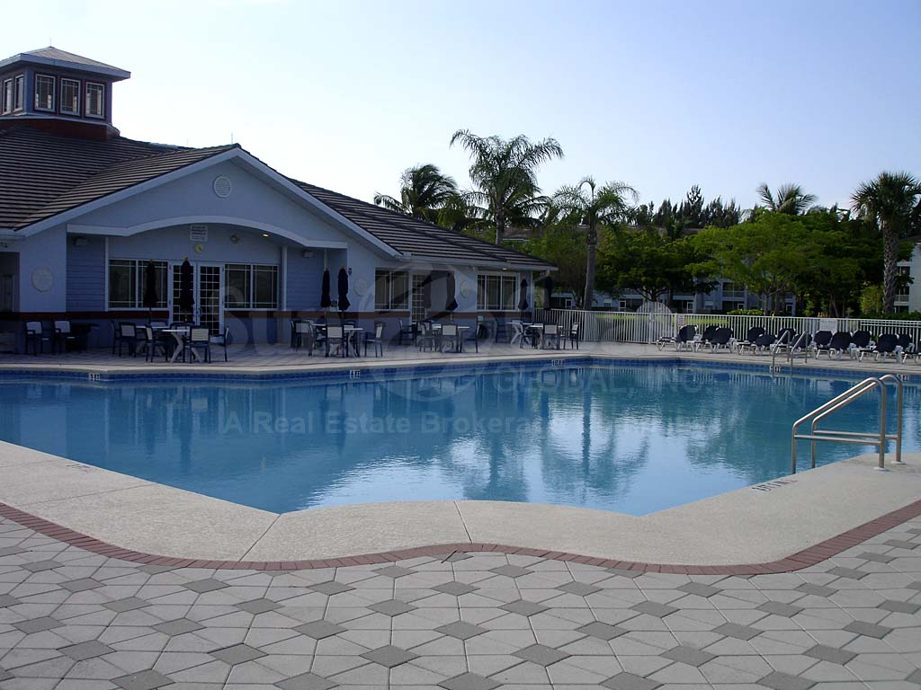 Heritage Pointe Community Pool