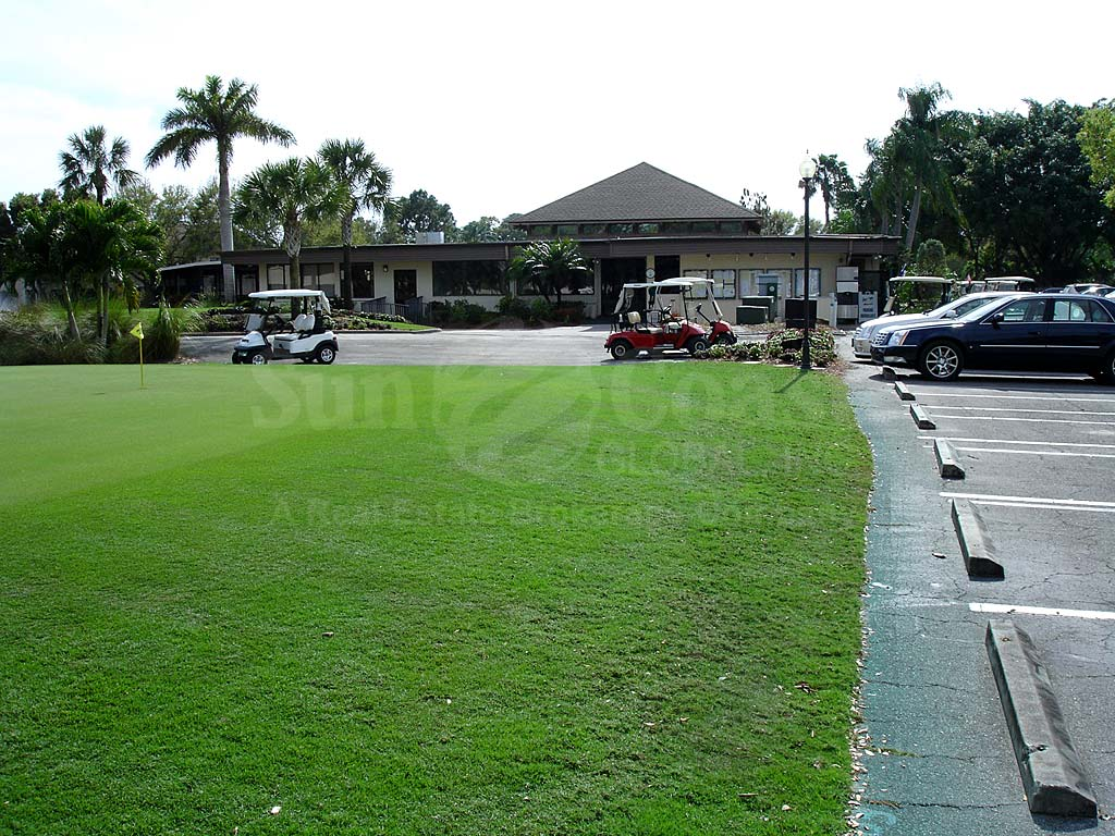 Hideaway Country Club Uncovered Parking