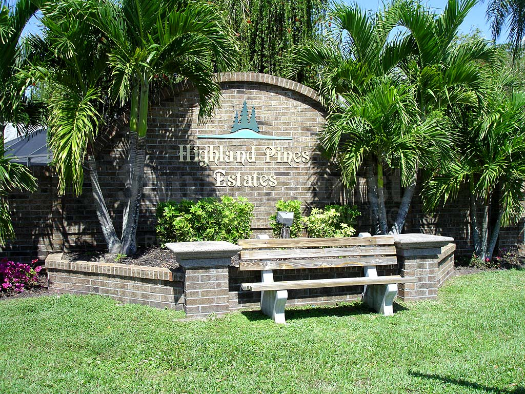 Highland Pines Estates Signage