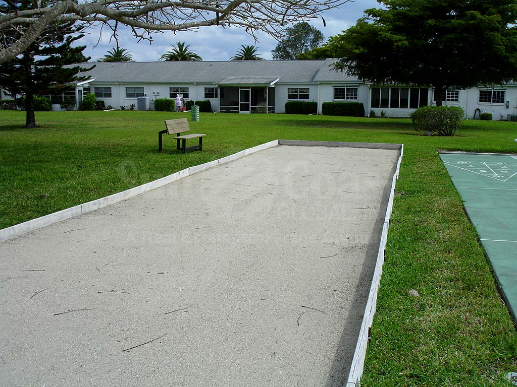 Myerlee Circle Bocce Ball Courts