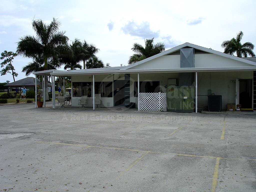 Myerlee Country Club Clubhouse