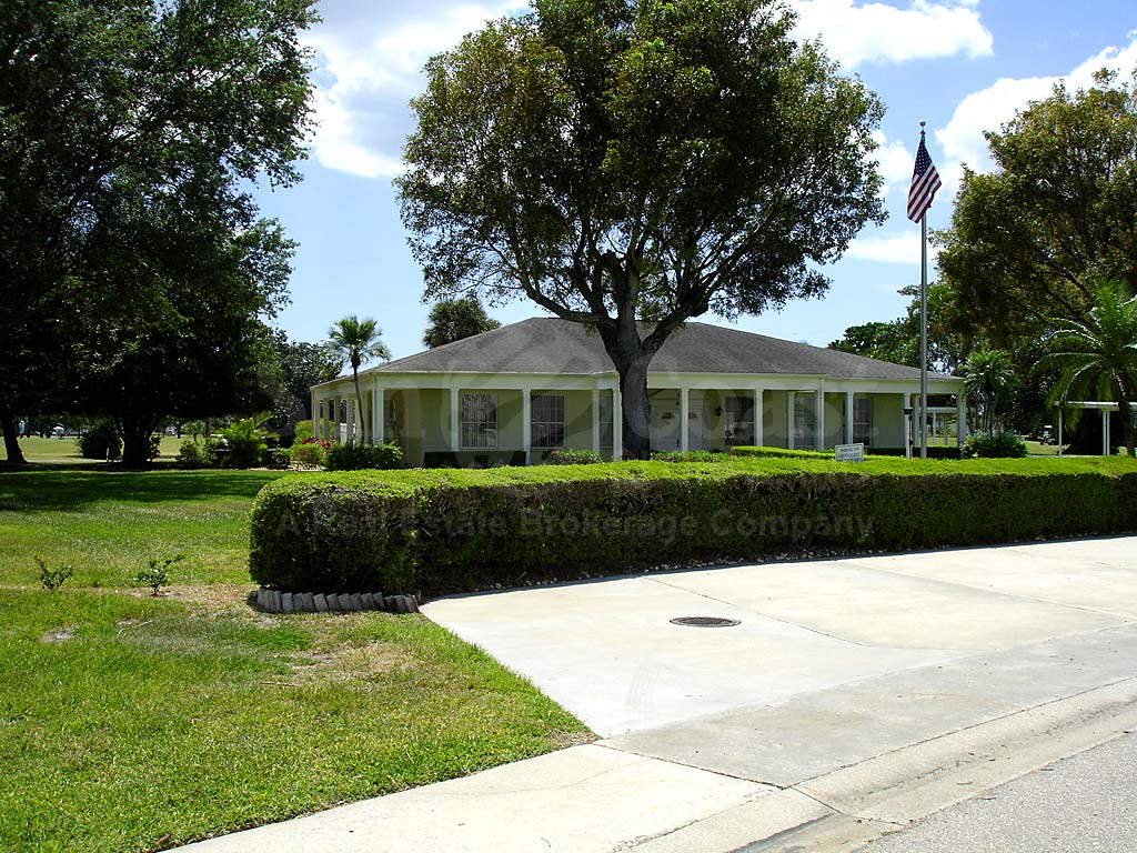 Myerlee Golfside Clubhouse