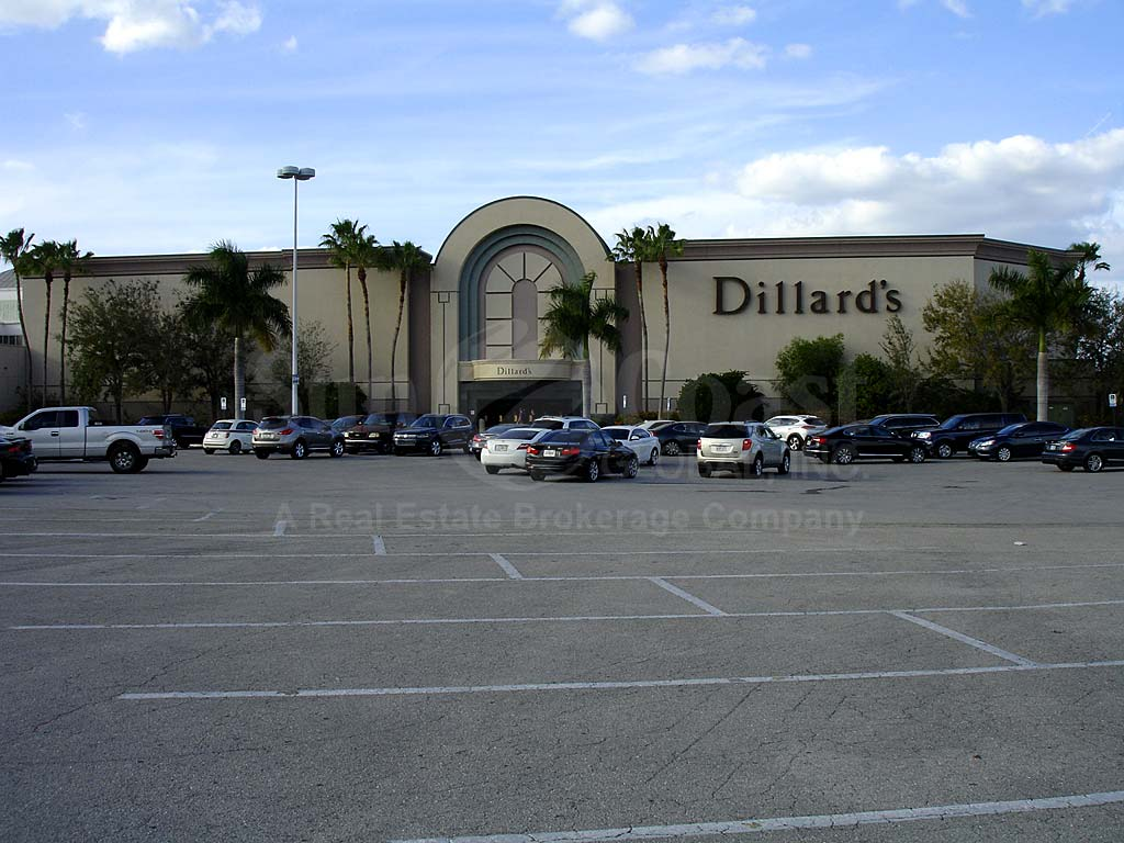 Westchester Edison Mall