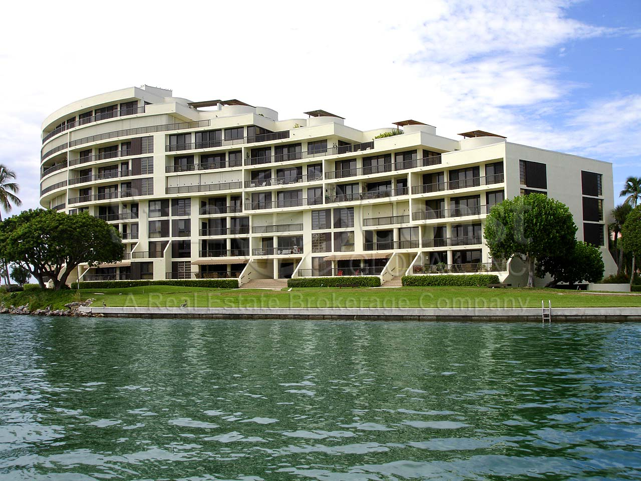 The Point At Naples Apartments