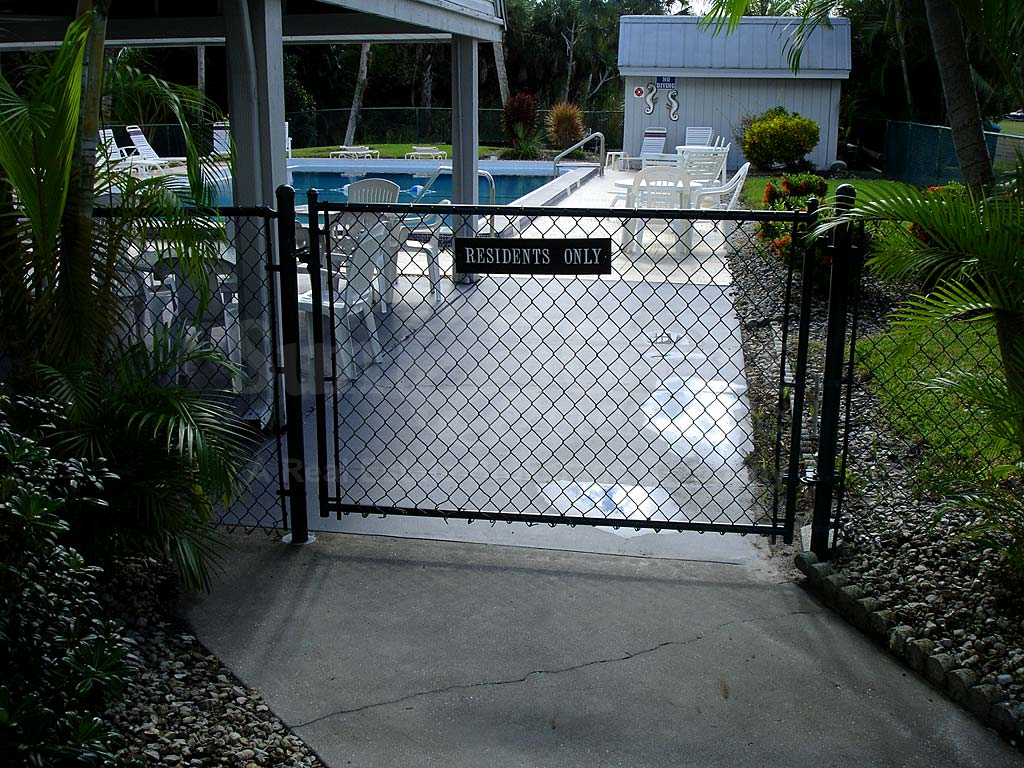 Harbour Village Community Pool Safety Fence