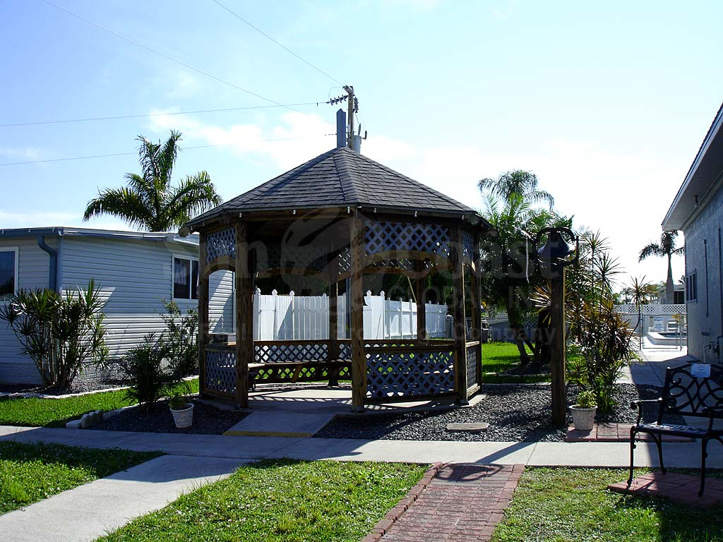 Leesure Village Gazebo