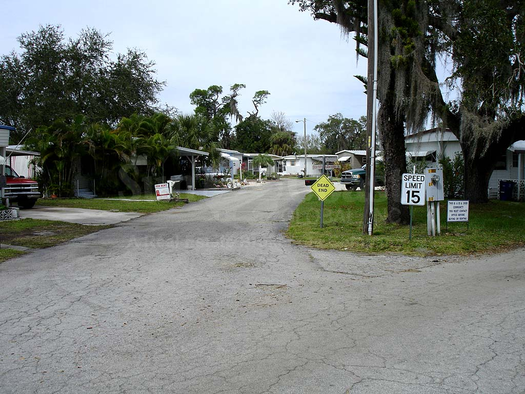 Mobile Manor Neighborhood