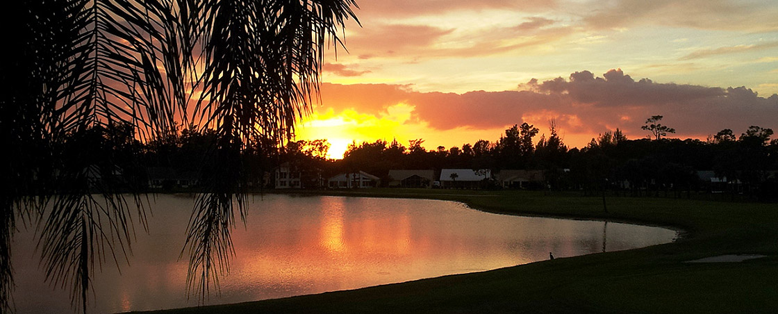 Sabal Springs Golf And Racquet Club (Sunset over Lake)