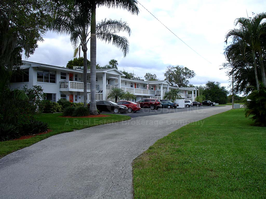 Tropic Terrace Neighborhood