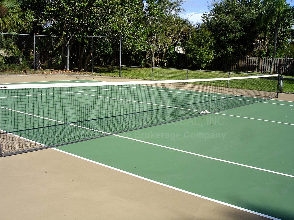 Willow Creek Tennis Courts