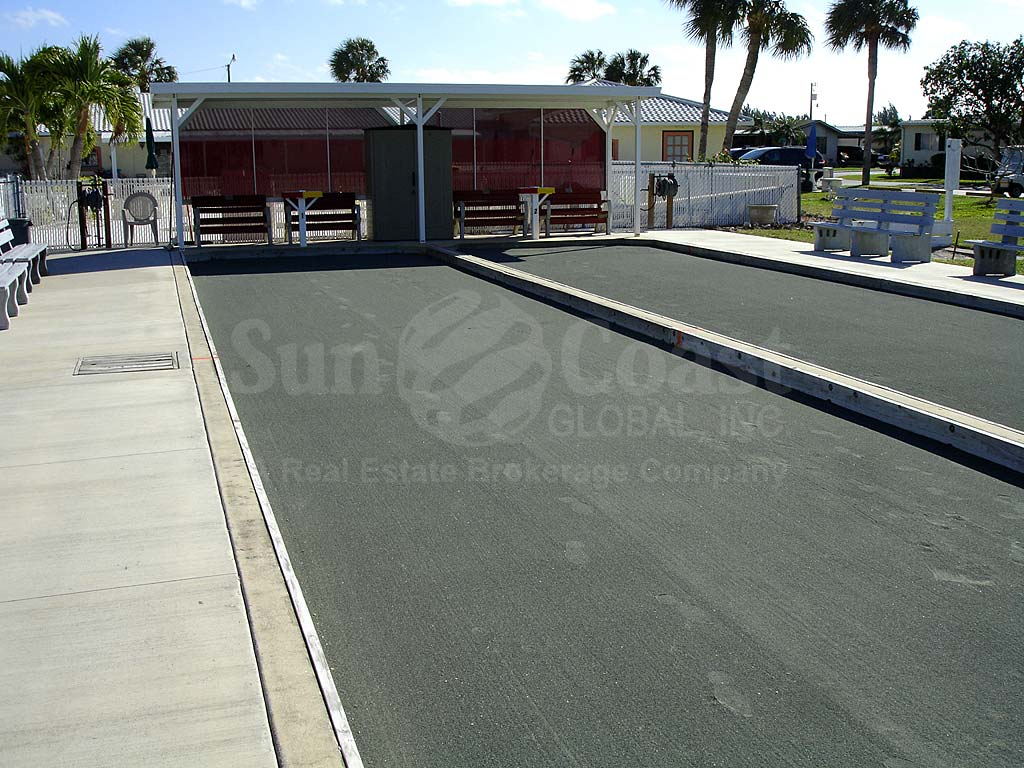 Pine Island Cove Bocce Ball Courts