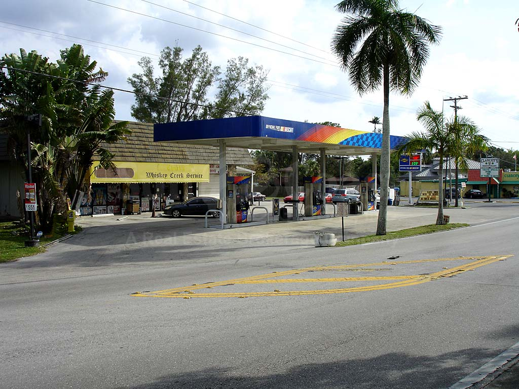 Fort Myers Mcgregor North Area Shopping Areas