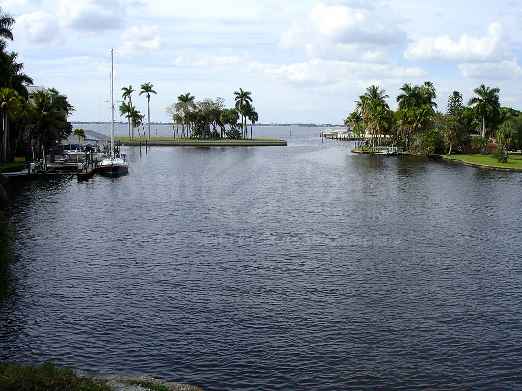 Fort Myers Mcgregor North Area View of River